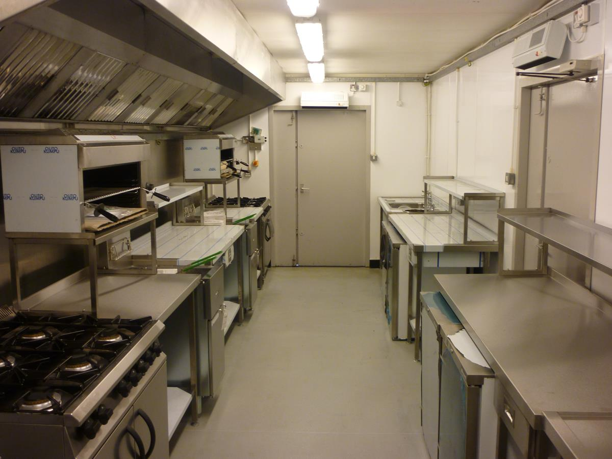 Our temporary kitchens can be equipped to provide everything you need to continue meals as normal.